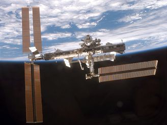 ISS čeká na oběžné dráze