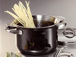 Hrnec na špagety uvítají milovníci těstovin