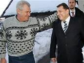 Paroubek a Zeman v Novém Veselí - Miloš Zeman a Jiří Paroubek v Novém Veselí. (19. února 2006)