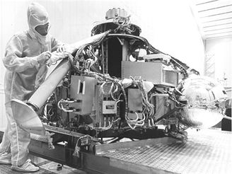 Příprava sondy Viking (1975)