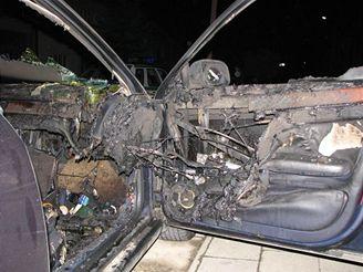 požár Audi A6