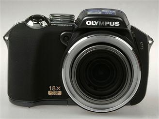 Olympus SP-550 UZ 4