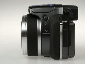 Olympus SP-550 UZ 11