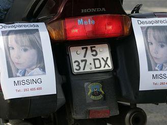 Plakáty s fotografií Madeleine zaplavily letovisko
