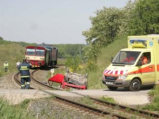 Tragická nehoda na přejezdu mezi Prahou-Zličínem a Hostivicemi
