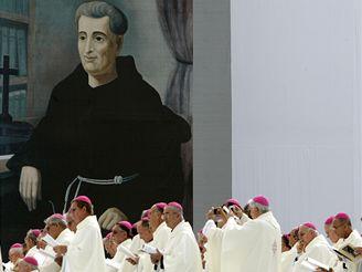 Papež na mši pro milion lidí
