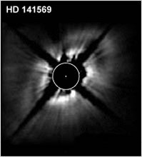 Planet. disk kolem HD141569 z HST