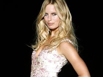 Současným ideálem krásy je podle odborníků Karolina Kurková.