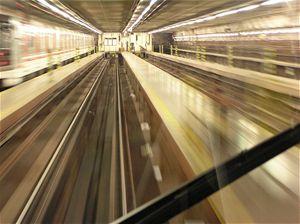 Stanice metra Dejvická