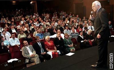 Prezident Václav Klaus uvedl film dokumentaristy Martina Durkina