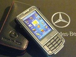 Asus P526 v edici Mercedes-Benz