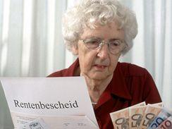 Peníze, důchodkyně, penze