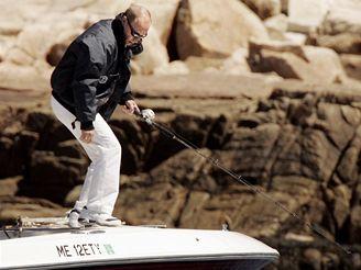 Americký prezident George W. Bush s ruským protějškěm Vladimirem Putinem na rybách