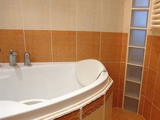 Paneláková koupelna po rekonstrukci