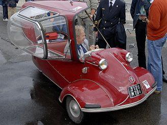 Miniaturní vozítko KR 200