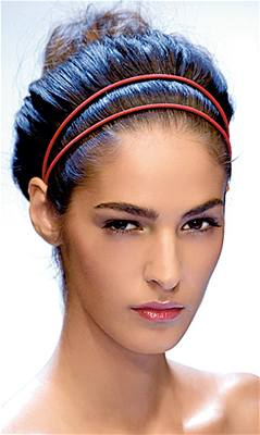 Kliknutím zobrazíte větší formát - Vlasové trendy - čelenky