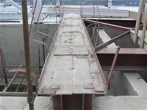 Ocelová konstrukce základů se před transportem musí rozřezat