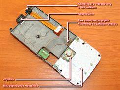 Rozebraná Nokia N73