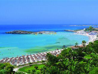 Kypr - pláž Nissi