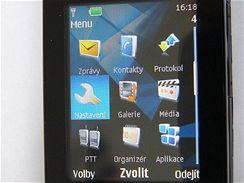 Nokia 7900 živě