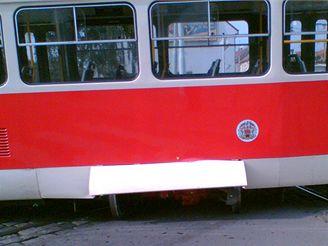 Vykolejená tramvaj č. 24