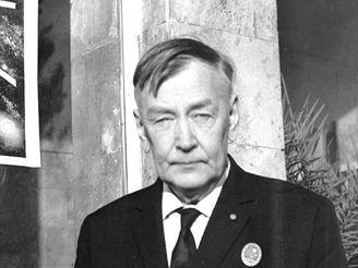 Profesor Michail Tichonravov