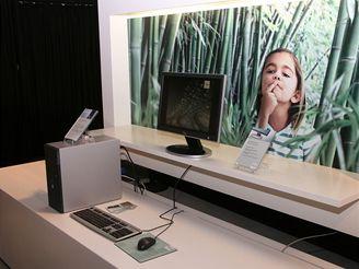 Zelený počítač od Fujitsu-Siemens (momentky z IFA 2007)