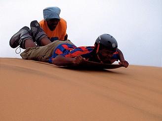 Sandboarding v Namibii