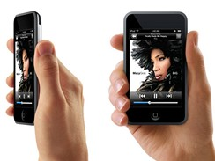iPod Touch hand