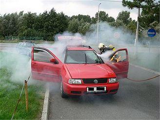 hořící VW Polo ve Zlíně (18.9.2007)