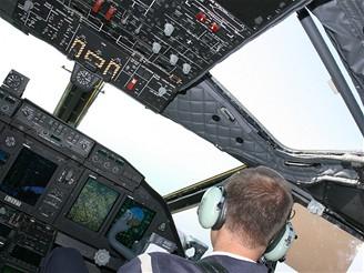 C27J - pilotní kabina