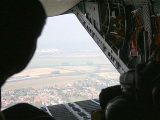 C27J - pohled z nákladního prostoru