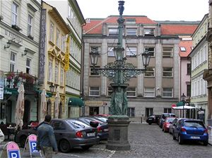 160 let pravidelného veřejného osvětlení v Praze