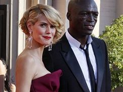 Modelka Heidi Klumová se zpěvákem Sealem na televizních cenách Emmy 2007