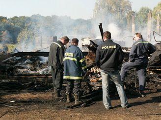 Požár provozní budovy archeologického ústavu v Mikulčicích