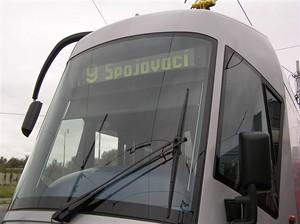 Tramvaj Škoda 14T s vnějším dizajnem Porsche