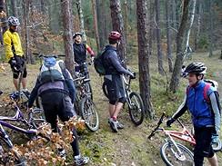 Cyklisté na podzimní vyjížďce