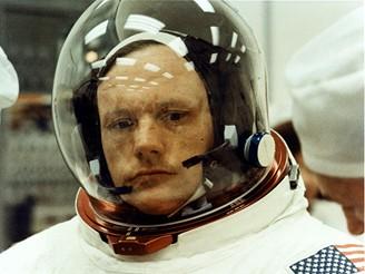 Armstrong - první člověk na Měsíci