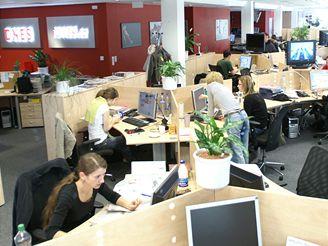 Redakce iDNES.cz a MF DNES sedí ve společném newsroomu.