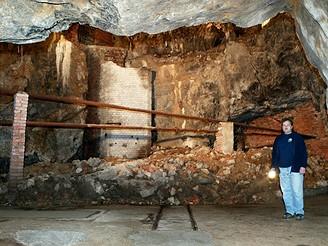 Jeskyně Výpustek v Moravském krasu