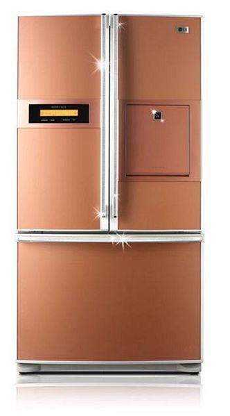 Barevné spotřebiče - lednička LG Swarowski