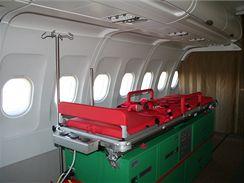 Lůžko pro pacienta v Airbusu A-319CJ ve verzi medevac