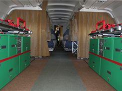 Pohled na PTU lůžka ze zadní části Airbusu A-319CJ