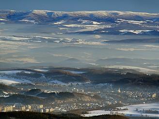Pohled z rozhledny Černé hory na jihovýchod