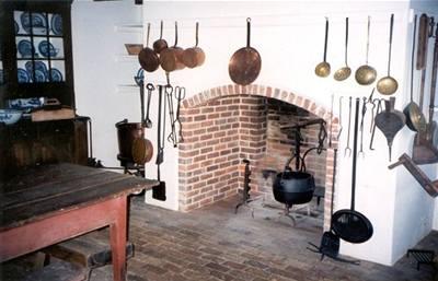 Kuchyně a krb
