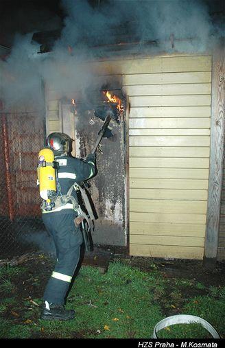 tragický požár truhlárny na Zbraslavi, (7.11.2007)