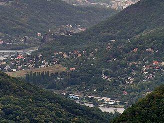 Výhled z Varhoště směrem k Ústí nad Labem.