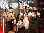 Spice Girls vystoupili b�hem p�ehl�dky zna�ky Victoria's Secret v Hollywoodu (15. listopadu 2007)