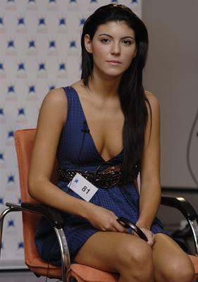 Kliknutím zobrazíte větší formát - z brněnského castingu České Miss - finalistka Simona Szabó