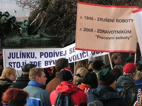 Demonstrace před ministerstvem zdravotnictví